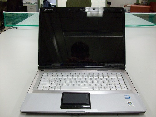Picture of Gateway M6755 laptop